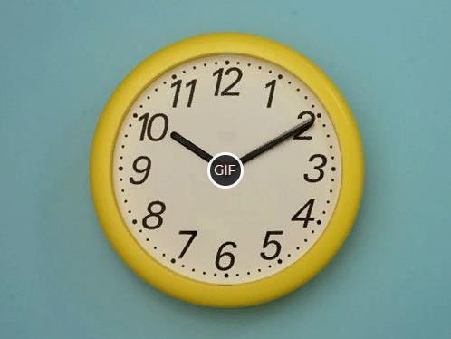 Гифка часы идут на стене