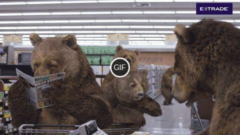 Смешная гифка медведи в магазине